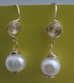 Aretes de perla.