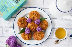 Clean eating pumpkin muffin recipe with no refined sugar, artificial sweeteners or dairy is a tasty and healthy alternative to sugary shop bought muffins.