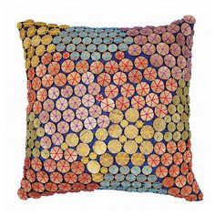 Sophie Pillow // rhythmic. multicolour. bright. fun!