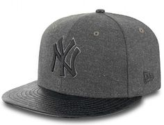 Step Out NY Yankees 9Fifty Snapback Cap by NEW ERA x MLB