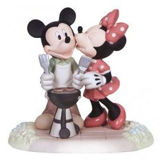 2014 Precious Moments Disney | Precious Moments Disney Mickey & Minnie Mouse Kiss The Cook New 2014 ...