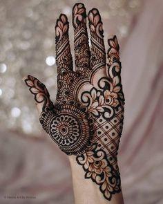 Mehndi Designs Front Hand, Modern Henna Designs, Indian Henna Designs, Henna Tattoo Designs Simple, Latest Bridal Mehndi Designs, Full Hand Mehndi Designs, Mehndi Designs 2018, Mehndi Designs For Girls, Henna Art Designs