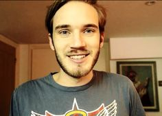 We publish various actor, actress, singer and many other star biography and star net worth and Pewdiepie, Markiplier, Marzia Bisognin, Buy Youtube Subscribers, Celebrity Biographies, Internet, Videos, Mens Tops, Humor