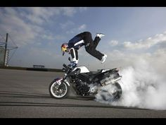 ★ extreme idiot biker Funny Motorcycle fail compilation