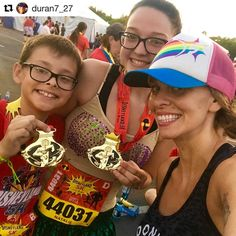 And I can't even get my kids up at 7 to eat breakfast before school!! Congratulations to you both and to all those who ate 3.1 miles for breakfast! #TeamrunDisney #TrDRunningClub #runDisney  #Repost @duran7_27  These two got up at 2:30am just so they could run a 5k before school no big deal I'm so proud of you @nataliequezada7 !!! It was nice to be a spectator for a change. #Disneyland5K #Disneyland #Disney #CaliforniaAdventure #DCA #Incredibles #Pixar