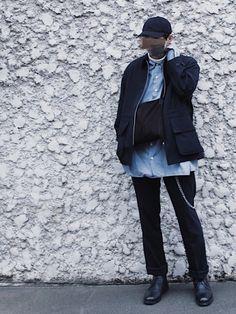今回はネイビーをベースにしたコーデです! Winter Jackets, How To Wear, Fashion, Winter Coats, Moda, Winter Vest Outfits, Fashion Styles, Fashion Illustrations