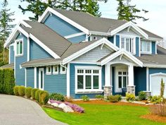 Exterior Paint Colors for House Exterior House Painting Ideas – Give Your Home the Complete Look Exterior Paint Colors for House. House painting does not mean only creating fabulous interiors… White Exterior Houses, Exterior Paint Colors For House, House Colors, Exterior Colors, Exterior Design, Room Paint Colors, Interior Paint Colors, Paint Colors For Home, Interior Painting