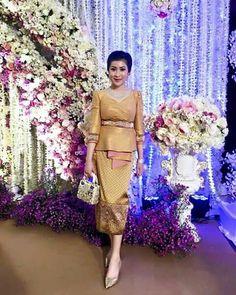 Batik Kebaya, Batik Dress, Lace Dress, Dress Brokat, Kebaya Dress, Thai Traditional Dress, Traditional Outfits, Cute Dresses, Beautiful Dresses