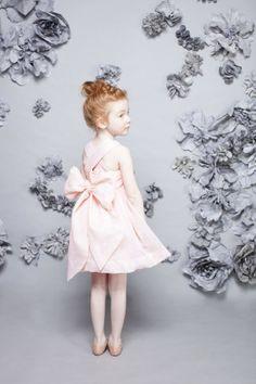 #.nellystella #niña #girl #vestido de #ceremonia #vêtements de #cérémonie #belle #formal #wear #ceremony #dress #robe de cérémonie #beautiful #maid of #honor #demoiselle #d´honneur