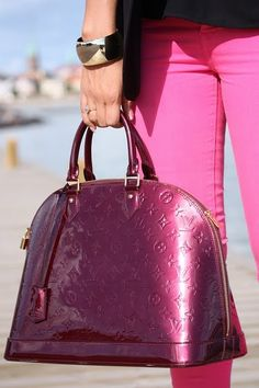 louis vuitton purple hand bag & pink skinny jeans