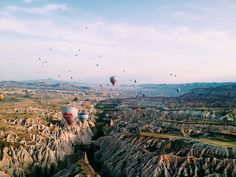 Hot air balloon ride at sunrise in Cappadocia with Voyager Balloons Life Is Beautiful, Beautiful Places, Capadocia, Air Balloon Rides, What A Wonderful World, Adventure Is Out There, Oh The Places You'll Go, The Great Outdoors, Adventure Travel