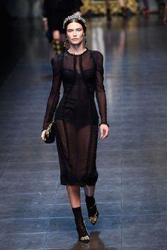 Bianca Balti Photo - Dolce & Gabbana: Runway - Milan Fashion Week Womenswear Autumn/Winter 2012/2013