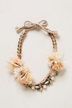 Petal Sway Necklace