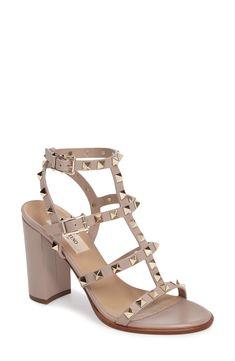 rockstud t-strap sandal