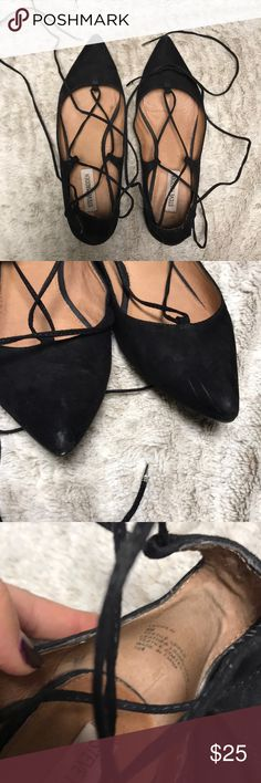 "steve madden 💕 Super cute Steve Madden ""Lecrew"" Flats, see photos for blemishes Steve Madden Shoes Flats & Loafers"
