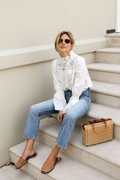 Feminine white shirt and jeans = a winning combo!