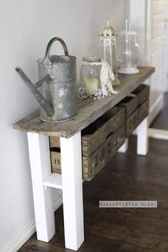 Sivupöytä DIY