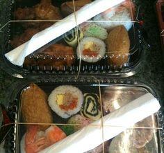 I love Bento! Ono Hawaiian Food, Bento, Sushi, Ethnic Recipes, Sushi Rolls, Bento Box