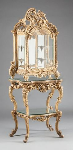 62017: A LOUIS XV-STYLE GILT WOOD VITRINE ON MIRRORED A : Lot 62017