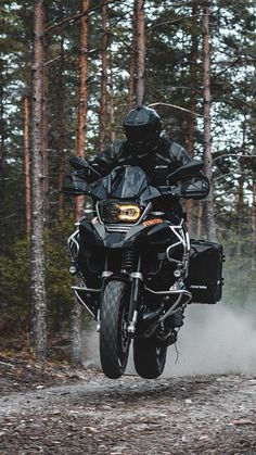 Bike Bmw, Moto Bike, Bmw Motorcycles, Wallpaper Motos, Gs World, Ninja Bike, Motorbike Design, Motorcycle Wallpaper, Touring Bike