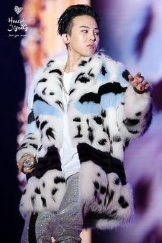 170122 G-Dragon- BIGBANG 0.TO.10 The Final in HK