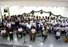 Μοναδικές στιγμές μουσικού πολιτισμού στο Μέγαρο Μουσικής Αθηνών χάρισαν η Ορχήστρα και η Χορωδία Ιωνία.
