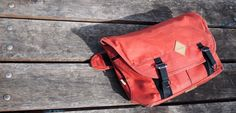 We road tested and reviewed the Trakke Wee Lug messenger and you know what? It was awesome!