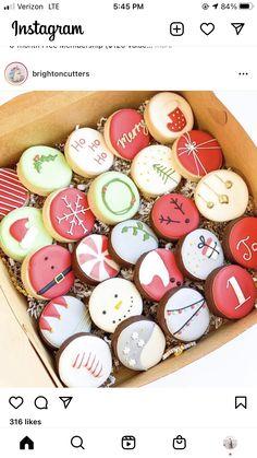 Fancy Sugar Cookies, Christmas Sugar Cookies, Iced Cookies, Cut Out Cookies, Cupcakes, Cupcake Cookies, Paint Cookies, Cookie Decorating, Decorating Ideas