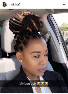 hairstyles to hide roots hairdos / hairstyles to hide roots ; hairstyles to hide roots blondes ; hairstyles to hide roots gray hair ; hairstyles to hide roots hairdos Dreadlock Styles, Dreads Styles, Braid Styles, Curly Hair Styles, Dreadlock Hairstyles, Braided Hairstyles, Wedding Hairstyles, Extensions Ombre, Loc Extensions Permanent