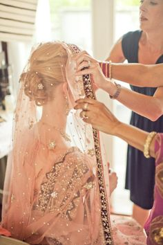This fusion bride opted for a peach indian wedding outfit; love it!