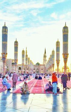 Blessed days that were spend there I miss a lot Mecca Madinah, Mecca Masjid, Al Masjid An Nabawi, Masjid Al Haram, Islamic Images, Islamic Pictures, Islamic Architecture, Architecture Drawings, Beautiful Mosques