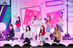 South Korean Girls, Korean Girl Groups, Nayeon, Bias Wrecker, Shit Happens, Count, Asia, Twitter, Beauty
