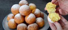 Smažené mini koblížky ze sladkého tvarohového těsta - VařímeDobroty.cz Pretzel Bites, Mixer, Hamburger, Sweets, Bread, Gummi Candy, Candy, Brot, Goodies