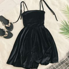 2019 Autumn Women Kawaii Solid Dress Velvet Spaghetti Strap Christmas Halloween Party Dress Empire A-Line Vestidos Cute Clothing - Ladies Style Fall Dresses, Cheap Dresses, Cute Dresses, Summer Dresses, Spaghetti Strap Dresses, Spaghetti Straps, Mode Outfits, Look Cool, Homecoming Dresses