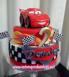 Ideas Cupcakes Disney Pixar For 2019 Disney Cars Cake, Disney Cars Party, Disney Cars Birthday, Cars Birthday Parties, Disney Pixar Cars, Birthday Cake, Birthday Ideas, Lightning Mcqueen Cake, Festa Toy Story