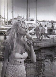 film 1956 - Et Dieu créa la femme - brigitte bardot