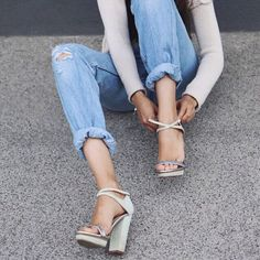 Boyfriend jeans and high heels