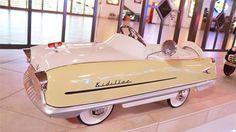 1959 Garton Deluxe Kidillac Pedal Car                                                                                                                                                                                 Mais
