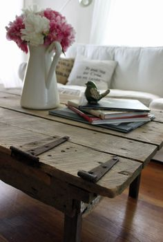 amazing old door tabletop for a coffee table & I HAVE an amazing old barn door! Decor, Door Table, Furniture, Rustic Crafts, Coffee Table, Rustic Decor, Home Decor, Door Coffee Tables, Old Barn Doors