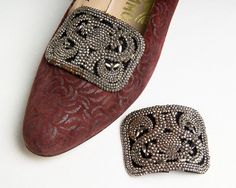 Vintage 60s tortoiseshell oval mod shoe clips 1960s brown vintage 60s beveled silver tone rhinestone shoe clips 1960s rectangular bridal wedding junglespirit Image collections