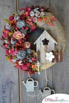 A Rustic Wreath - Cute Spring Door Decorations Spring Door Wreaths, Summer Wreath, Christmas Wreaths, Christmas Crafts, Christmas Decorations, Holiday Decor, Pine Cone Crafts, Wreath Crafts, Diy Wreath