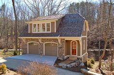 2 bedroom apartment carriage house Or a work room, rec room, in-law suite upstairs Garage Apartment Plans, Garage Apartments, Garage Plans, Shed Plans, Garage Ideas, Carport Ideas, Garage House, Carriage House Garage, Garage Doors