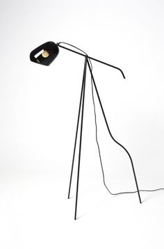 Oma floor lamp in simple black | lighting . Beleuchtung . luminaires | Design: Katriina Nuutinen @ the d pages |