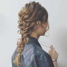 HAIR (hair) is a hair style that stylist models send out. Party Hairstyles, Braided Hairstyles, Cool Haircuts For Girls, Curly Hair Styles, Natural Hair Styles, Hair Arrange, Hair Setting, Japanese Hairstyle, Festival Hair