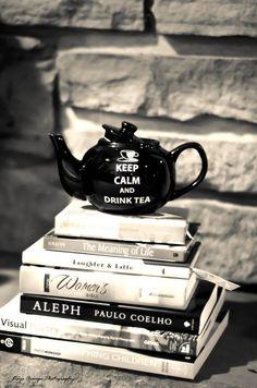 Books and Tea! #AllYouNeed