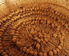 Creepy Catacombs: Monastery of San Francisco in the historic center of Lima, Peru Peru Travel, Mexico Travel, San Francisco, Spooky Pictures, The Catacombs, Historical Monuments, Tourist Places, Skull And Bones, Creepy