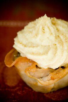 Turkey Cranberry Thanksgiving Cupcakes #americabound #newenglandbound @Sheila! Collette Farm