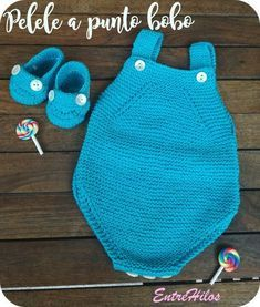 New baby boy diy outfits 37 Ideas Boy Diy Crafts, Diy Crafts Knitting, Knitting For Kids, Baby Knitting Patterns, Trendy Baby Boy Clothes, Diy Clothes, Baby Romper Pattern, Knitted Bags, Girl With Hat
