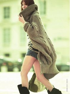 Oversized knit sweate