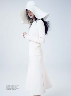 soft focus: hyun ji by nicole bentley for marie claire australia june 2015 ((visual optimism)) Fashion Shoot, Editorial Fashion, Hyun Ji, Marie Claire Australia, 2010s Fashion, The White Album, Mode Editorials, Fashion Editorials, Knit Fashion